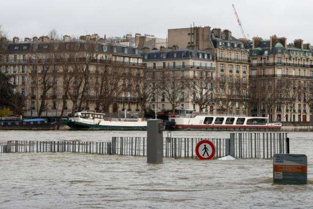 Nearly 1,500 evacuated in Paris region as rising Seine poses flood risk