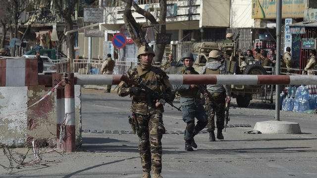 Les talibans menacent 70% du territoire afghan