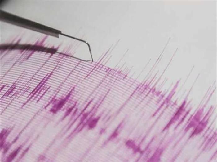 زلزال بقوة 6.1 درجة يضرب جزيرة جاوة الإندونيسية