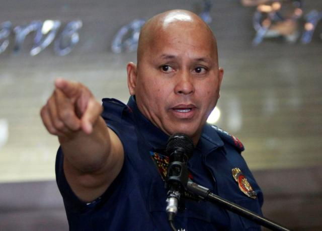 Philippine police to wear body cameras in war on drugs