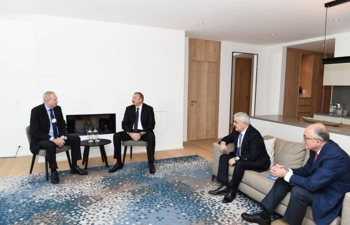 President Aliyev meets BP CEO Dudley in Davos