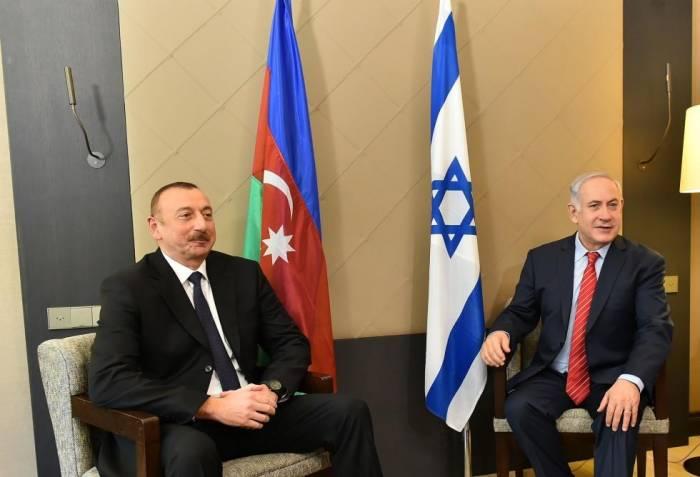 lham Aliyev meets Israeli PM in Davos