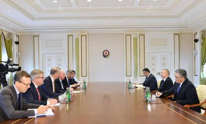 Ilham Aliyev receives delegation of European Commission