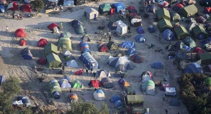 Al menos ocho heridos en los enfrentamientos entre migrantes en Francia