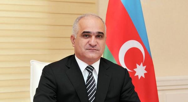 El ministro de Economia de Azerbaiyan parte dirigiendose a China