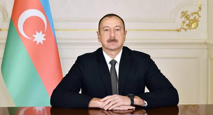 Ilham Aliyev hat Putin sein Beileid ausgesprochen