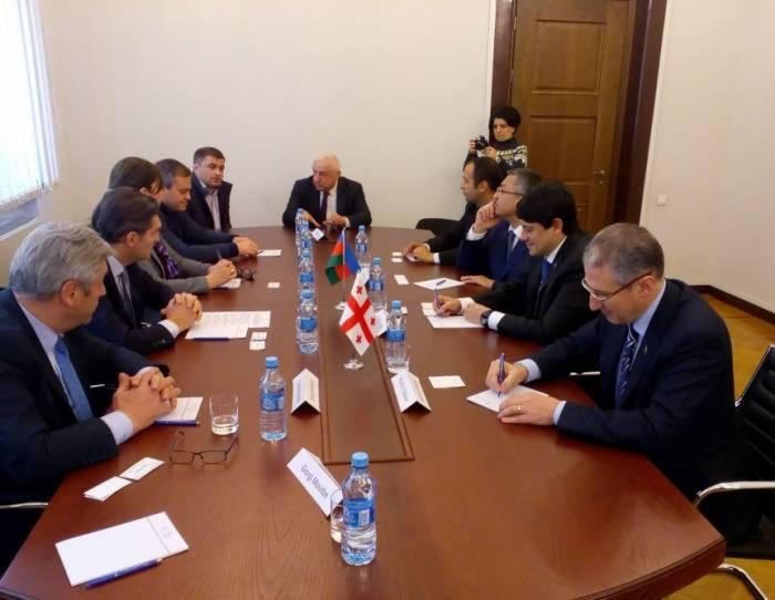 Azerbaiyán y Georgia rubricaron un memorando