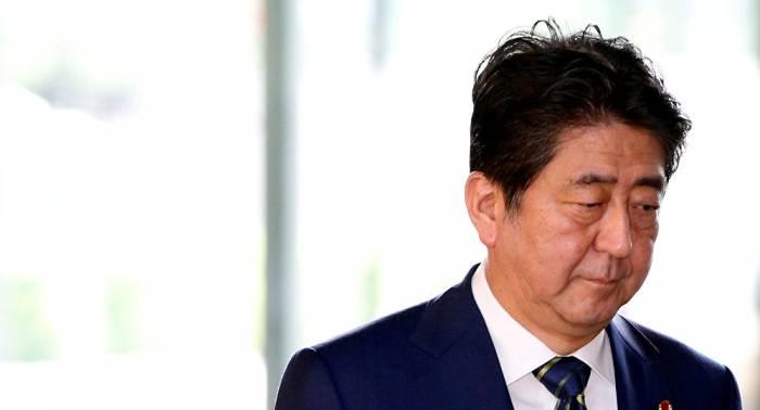 Más de mil japoneses exigen la renuncia de su primer ministro