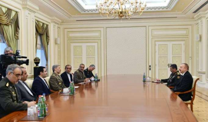 Präsident Ilham Aliyev empfängt Irans Verteidigungsminister