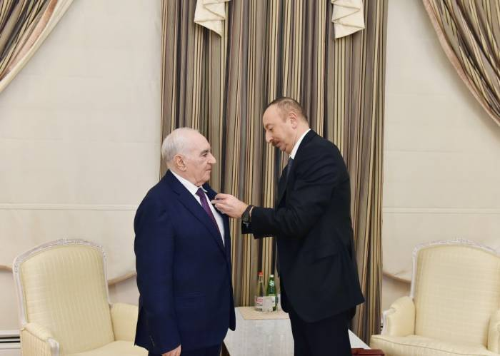 Azerbaijani President awards Fettah Haydarov with order - PHOTOS