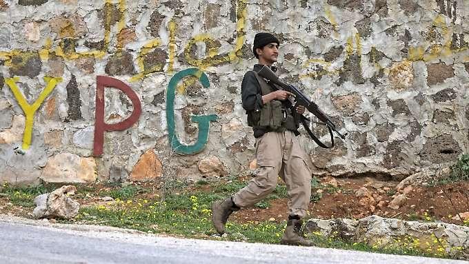 Kurden ziehen Kräfte in Afrin zusammen