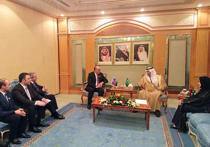 Arbeitsminister von Saudi-Arabien, Indonesien sind eingeladen, Aserbaidschan zu besuchen
