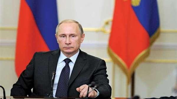 """ماكرون وميركل يناشدان بوتين لدعم """"مبادرة هدنة"""" في سوريا"""