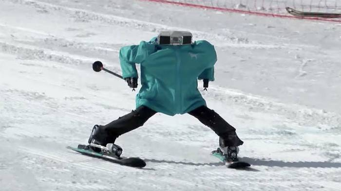 World's 1st robot ski competition takes place on sidelines of Winter Olympics - VIDEO