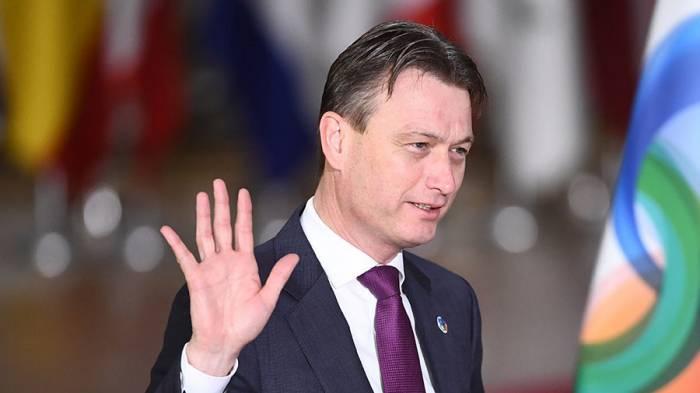 Dutch FM quits job after lying about Putin meeting - VIDEO