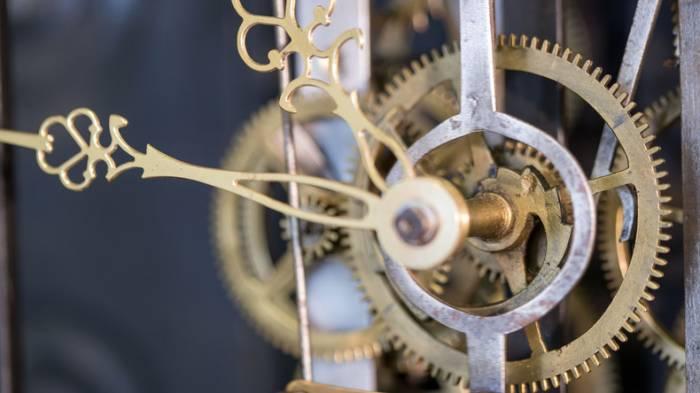 Amazon-Gründer baut mechanische Uhr, die 10.000 Jahre laufen wird
