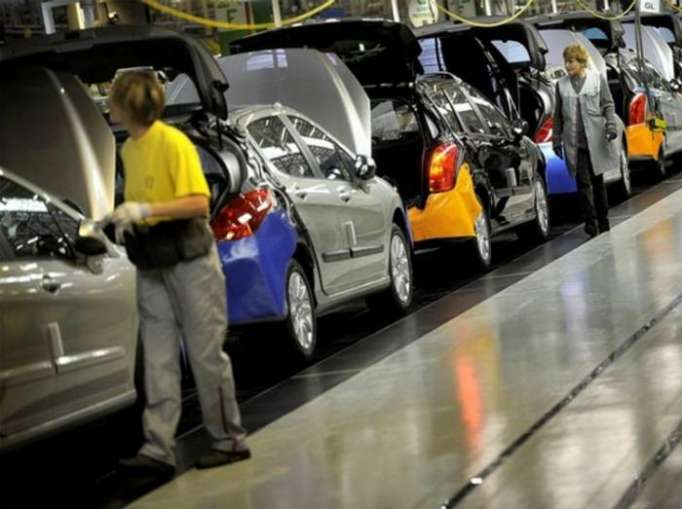 Azerbaijan, Iran to launch joint automobile plant in March