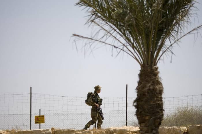 Israeli military vehicle runs over land mine near Dead Sea, 7 soldiers injured