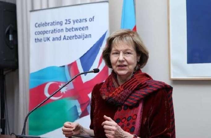 La représentante commerciale du Premier ministre britannique est arrivée à Bakou