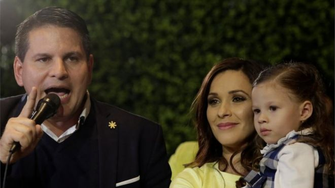 Costa Rica poll goes into runoff as evangelical leads
