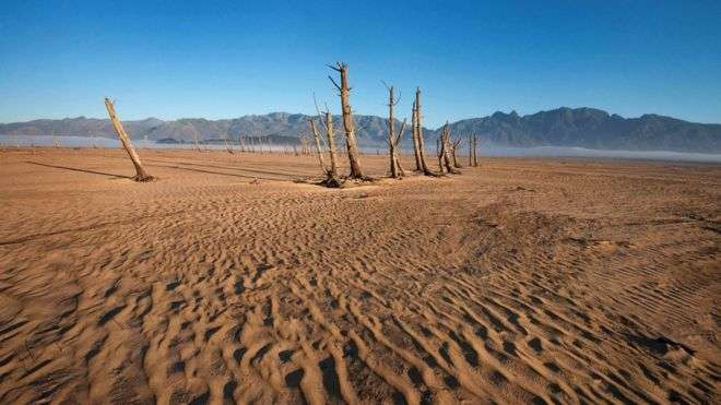 Drought-hit Cape Town rejoices at rainfall
