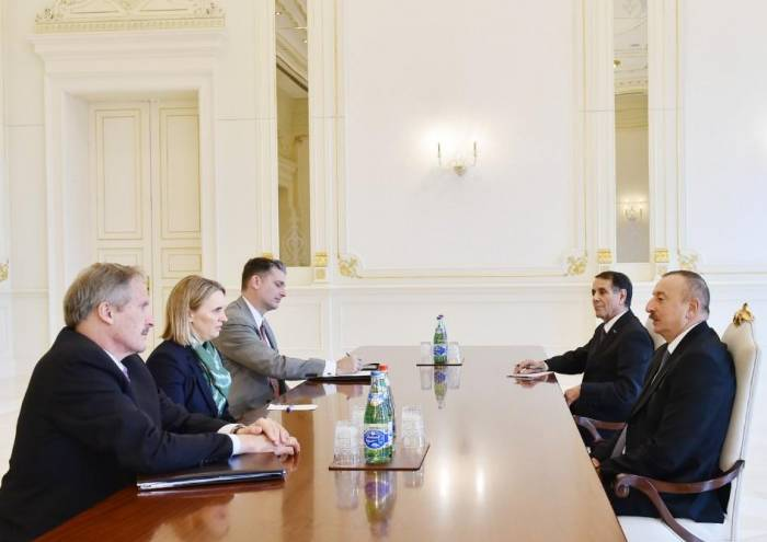 Ilham Aliyev receives US State Dept. official