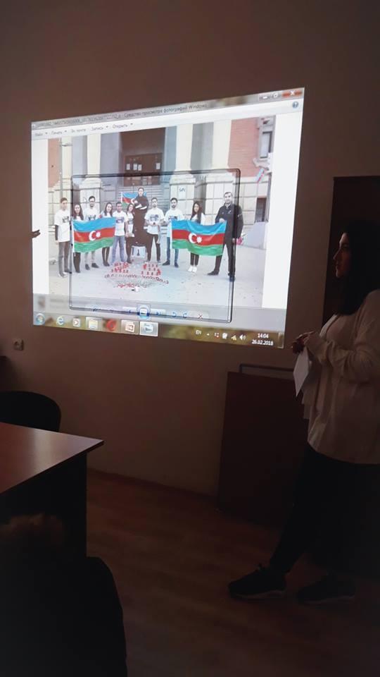 Hoy día se ha conmemorado el genocidio de Joyalí en la Universidad de Lenguas de Azerbaiyán
