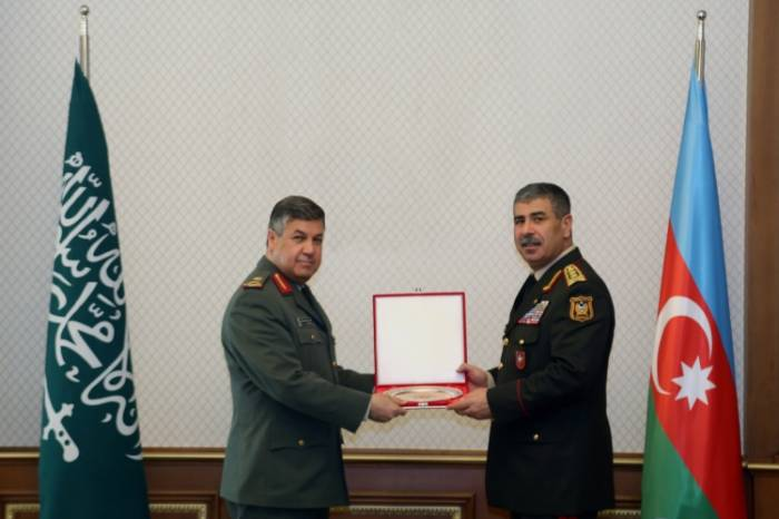 Azerbaijan, Saudi Arabia mull prospects for development of military co-op