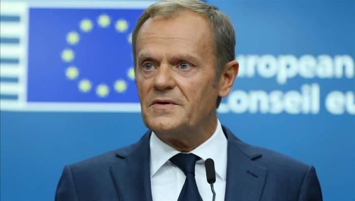 رئيس المجلس الأوروبي: روسيا وإيران تسمحان للنظام السوري بقتل أطفال الغوطة