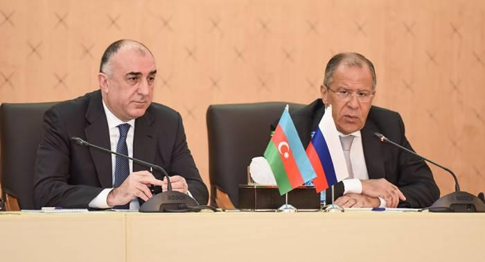 Mammadyarov, Lavrov discuss bilateral relations in phone call