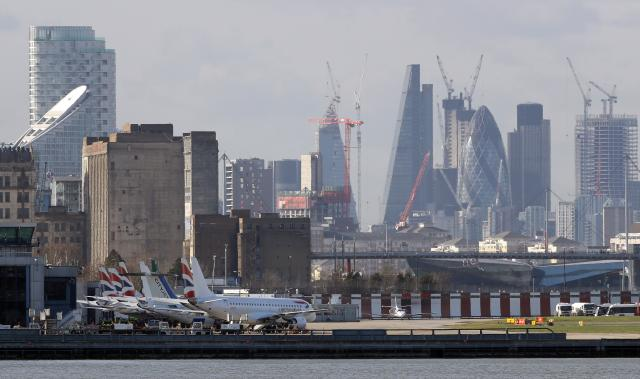 London City Airport reopens after WW II bomb removed from Thames