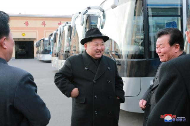 North Korea warms to South Korea after visit, pressure to be kept in place for now