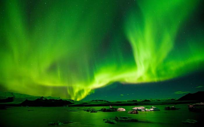 Scientists Discover What Causes Pulsating Northern Lights