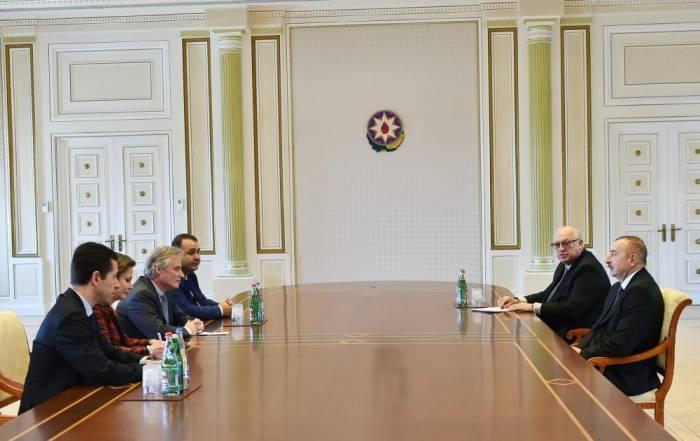 President Aliyev receives Thales International senior executive VP