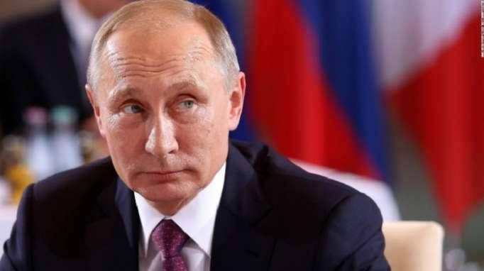 Putin destaca el heroísmo del piloto ruso fallecido en Siria