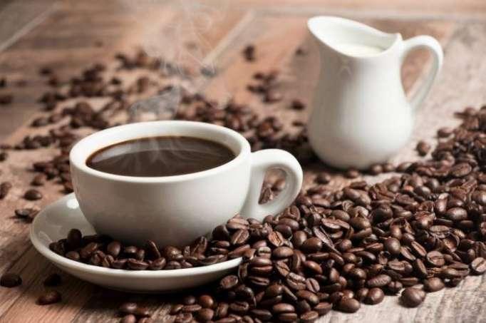 أضرار القهوة على الريق!!