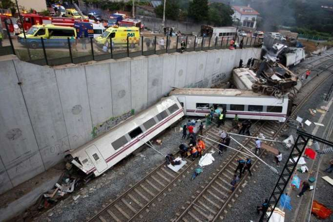 At least one dead and more than 22 injured in Austria train crash - UPDATED