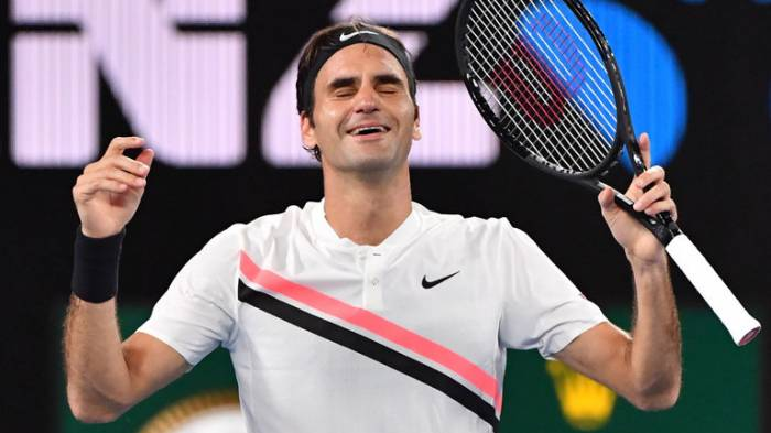 Roger Federer becomes oldest world No1