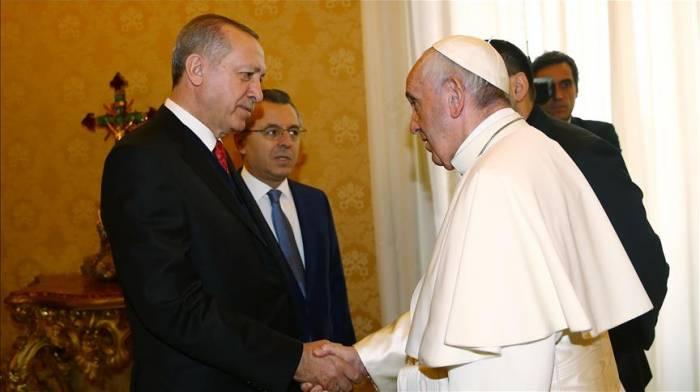 President Erdogan meets Pope Francis in Vatican City