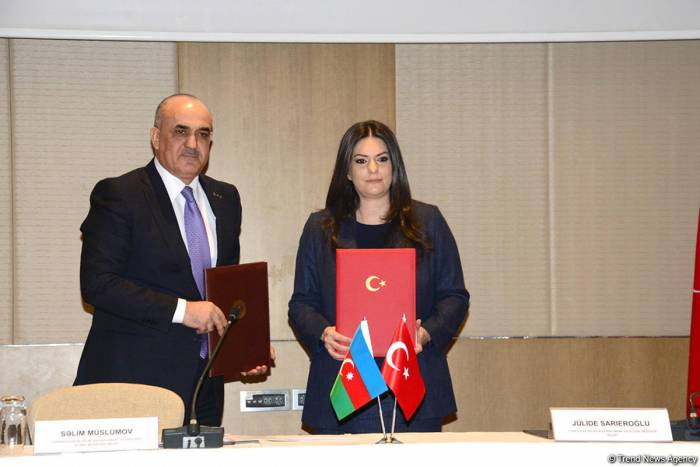 Protocol of Azerbaijan-Turkey permanent commission for labor & social protection signed