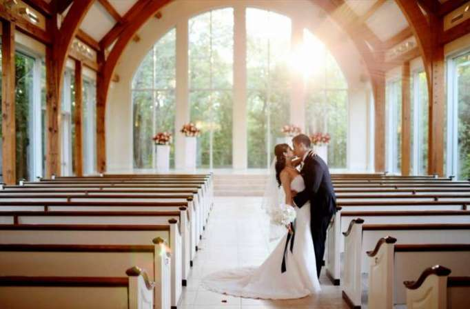 Permis de mariage au retrait des bagages à l