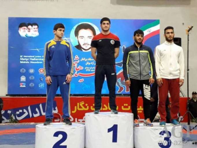 Young Azerbaijani wrestlers bring home eight medals from Iran