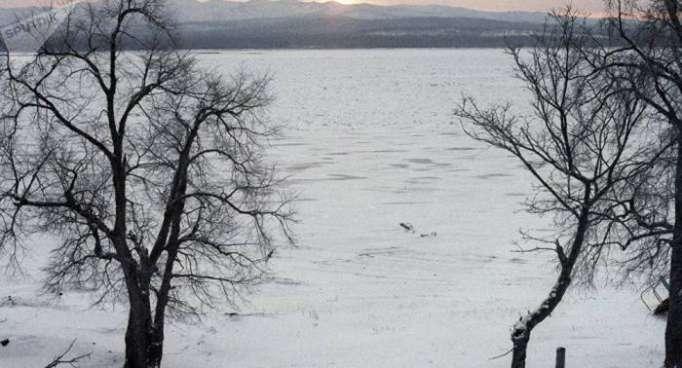 Encuentran una bolsa con 27 pares de manos humanas en el río Amur
