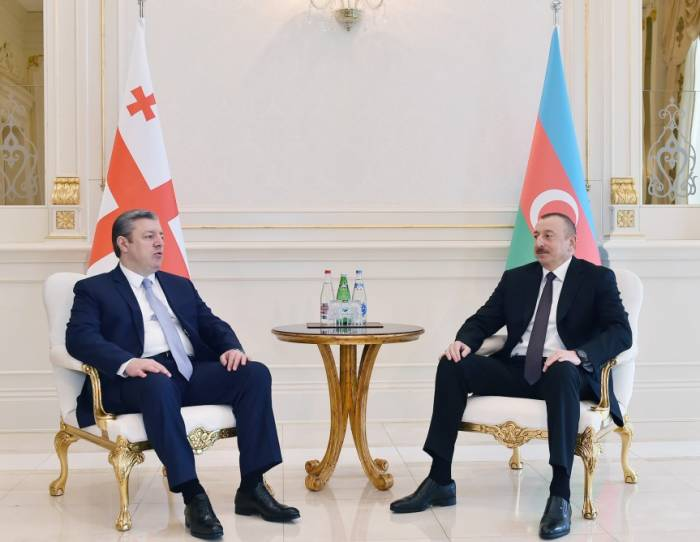 Ilham Aliyev rencontre le Premier ministre géorgien