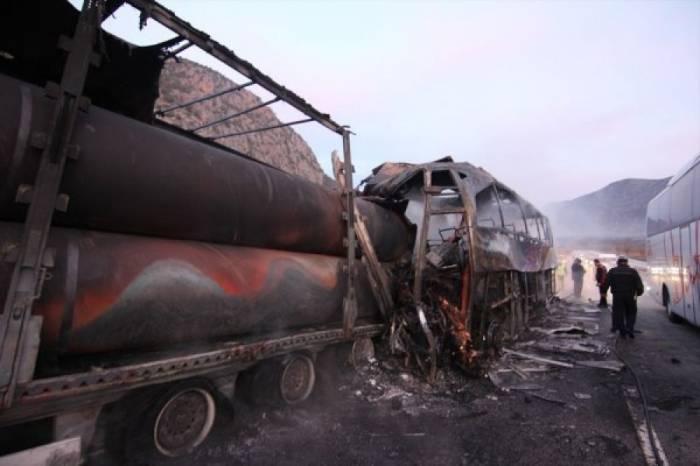 13 nəfər avtobus qəzasında ölüb - Yenilənib