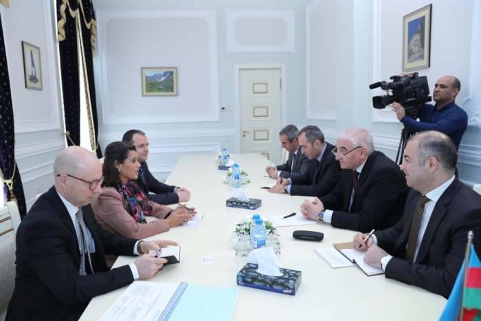 Le président de la CEC rencontre la délégation de l