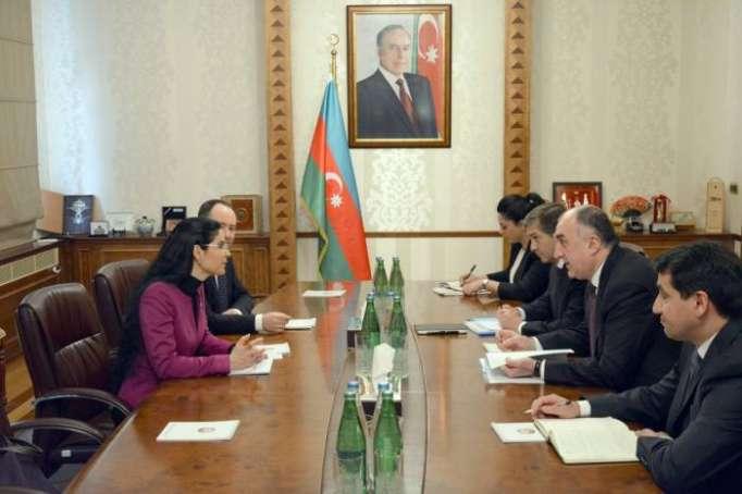 Le ministre azerbaïdjanais des Affaires étrangères reçoit Ana Birchall