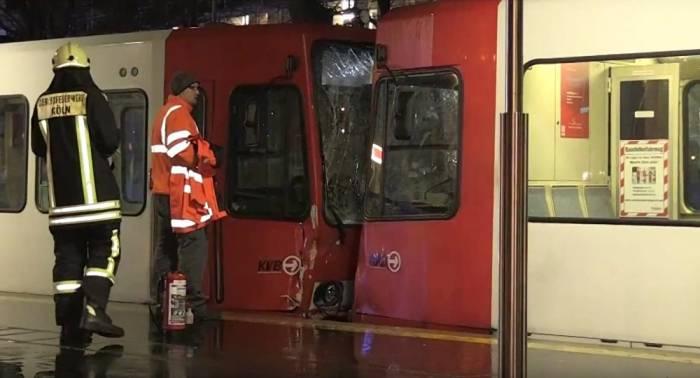 Köln: Dutzende Verletzte bei Straßenbahnunfall – Fahrer vermutlich betrunken – VIDEO