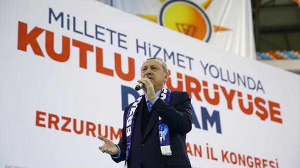Erdogan fordert USA auf Manbitsch zu verlassen