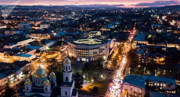 Los observadores alemanes llegan a Crimea con un insólito regalo